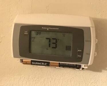 thermostat is blank dead batteries